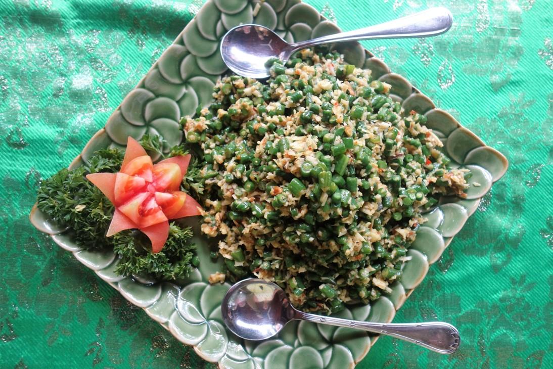 Balinese bean salad